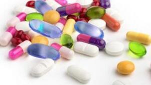 男性尿道炎吃什么药